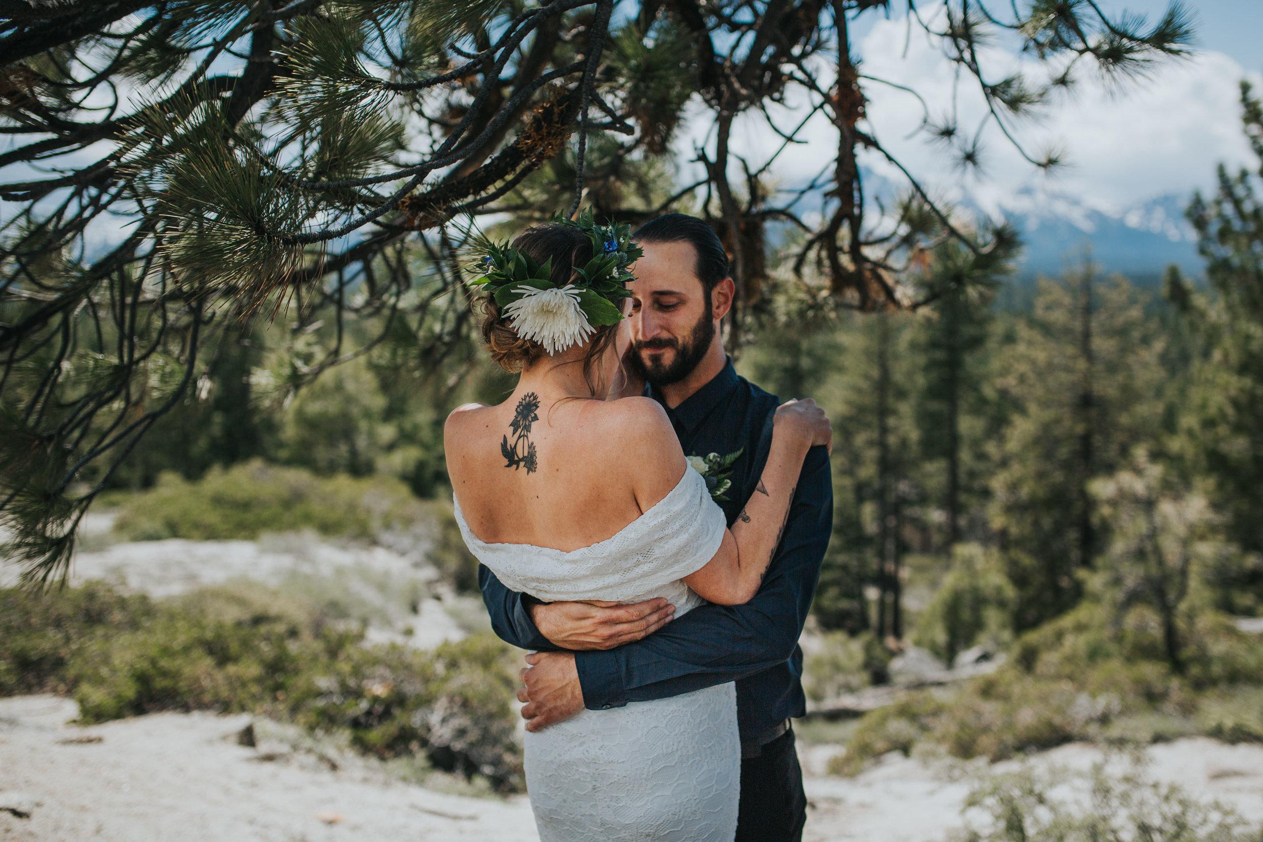 south-lake-tahoe-elopement-valerie-lendvay-photo-016.jpg