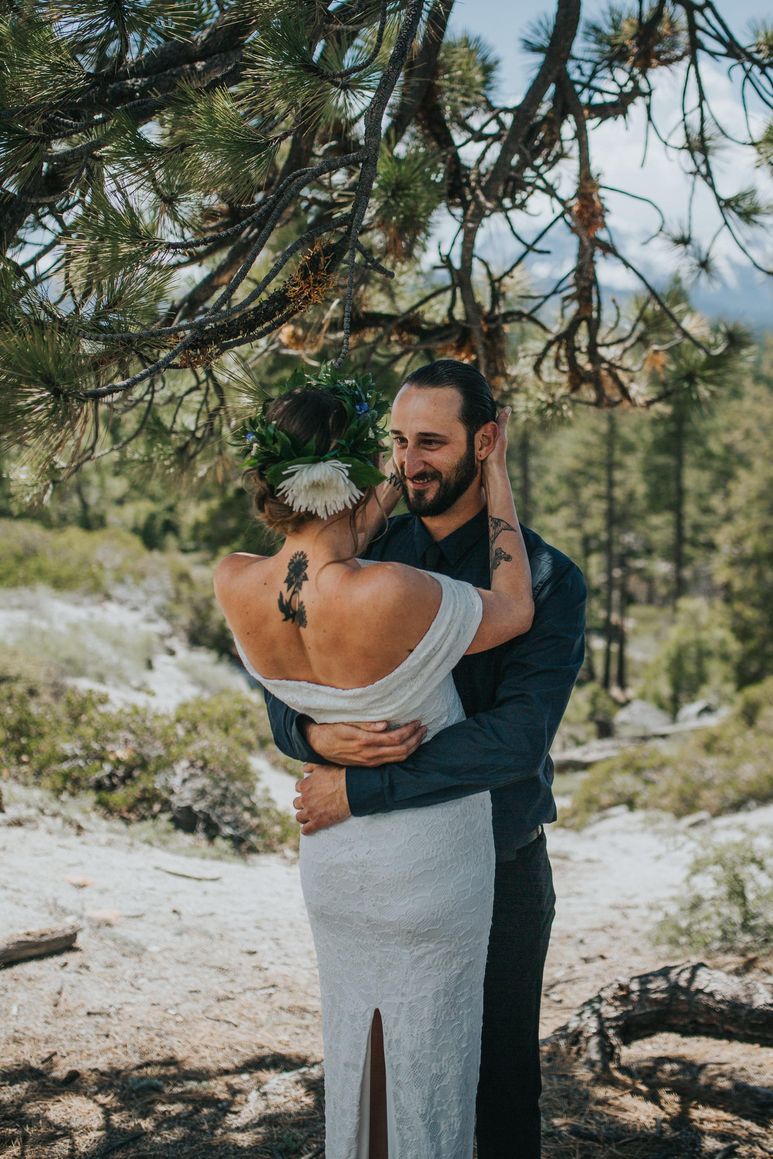 south-lake-tahoe-elopement-valerie-lendvay-photo-015.jpg