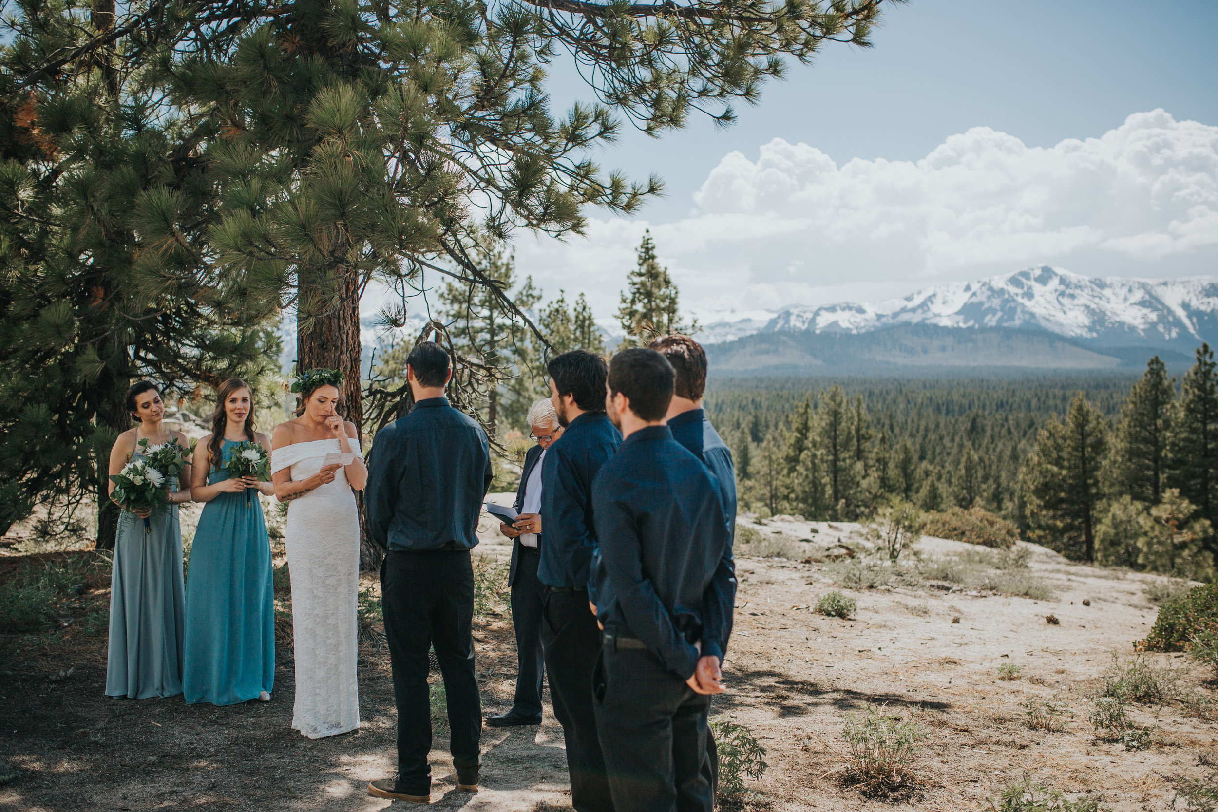 south-lake-tahoe-elopement-valerie-lendvay-photo-026.jpg