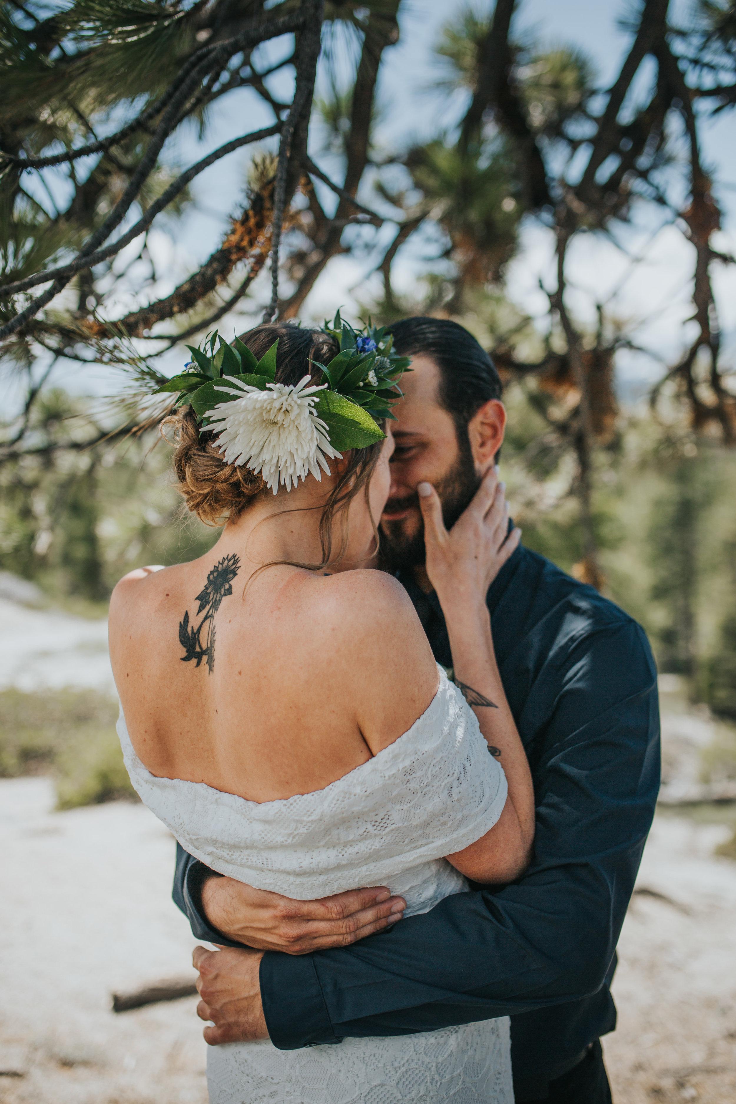 south-lake-tahoe-elopement-valerie-lendvay-photo-017.jpg