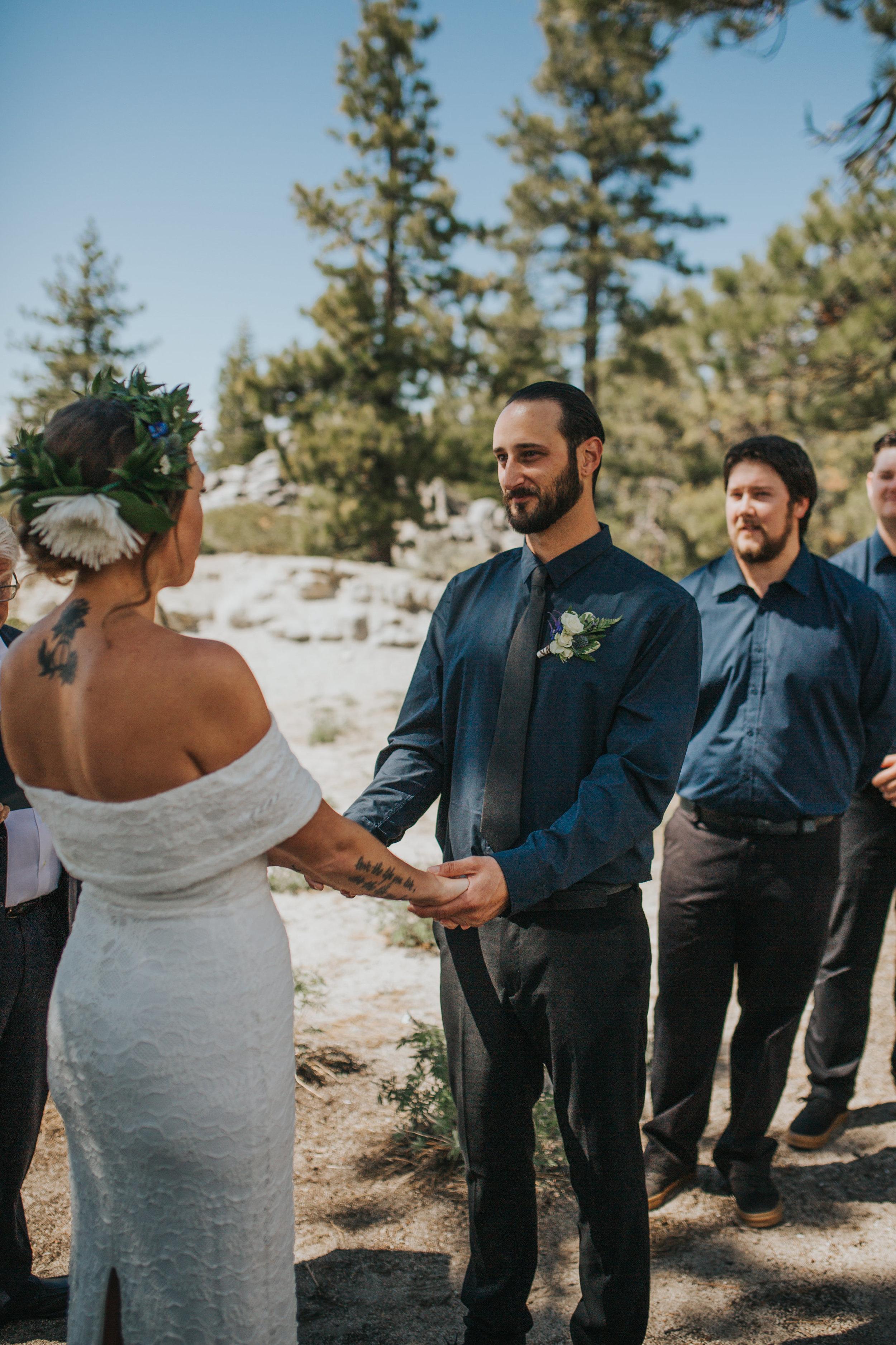 south-lake-tahoe-elopement-valerie-lendvay-photo-029.jpg