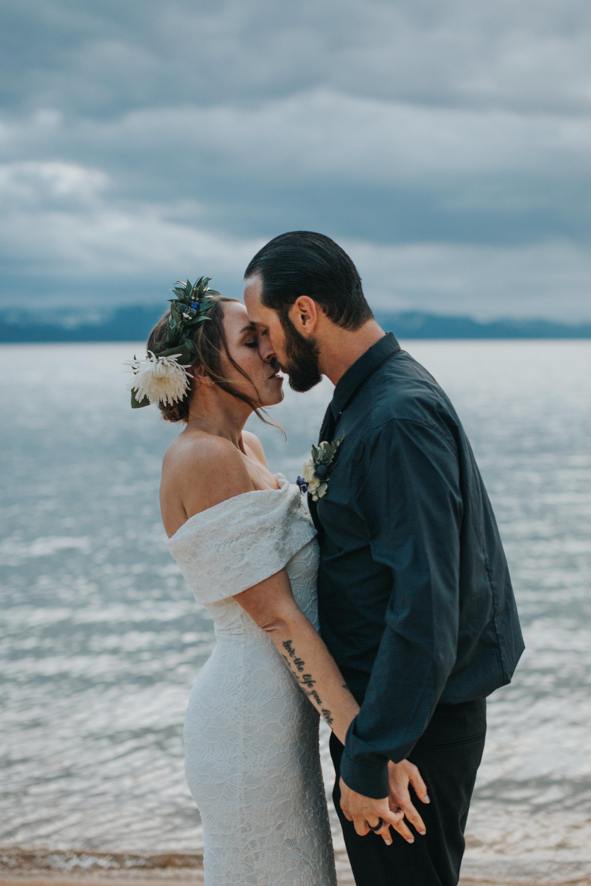 south-lake-tahoe-elopement-valerie-lendvay-photo-059.jpg