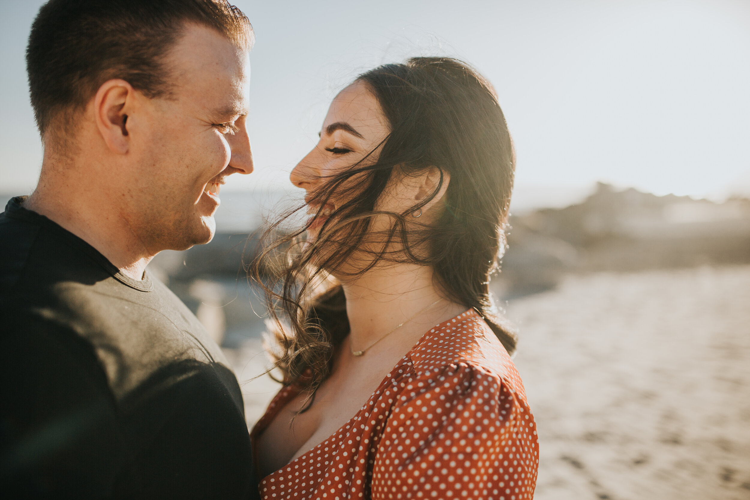 coronado-beach-engagement-session-valerielendvayphoto-007.jpg