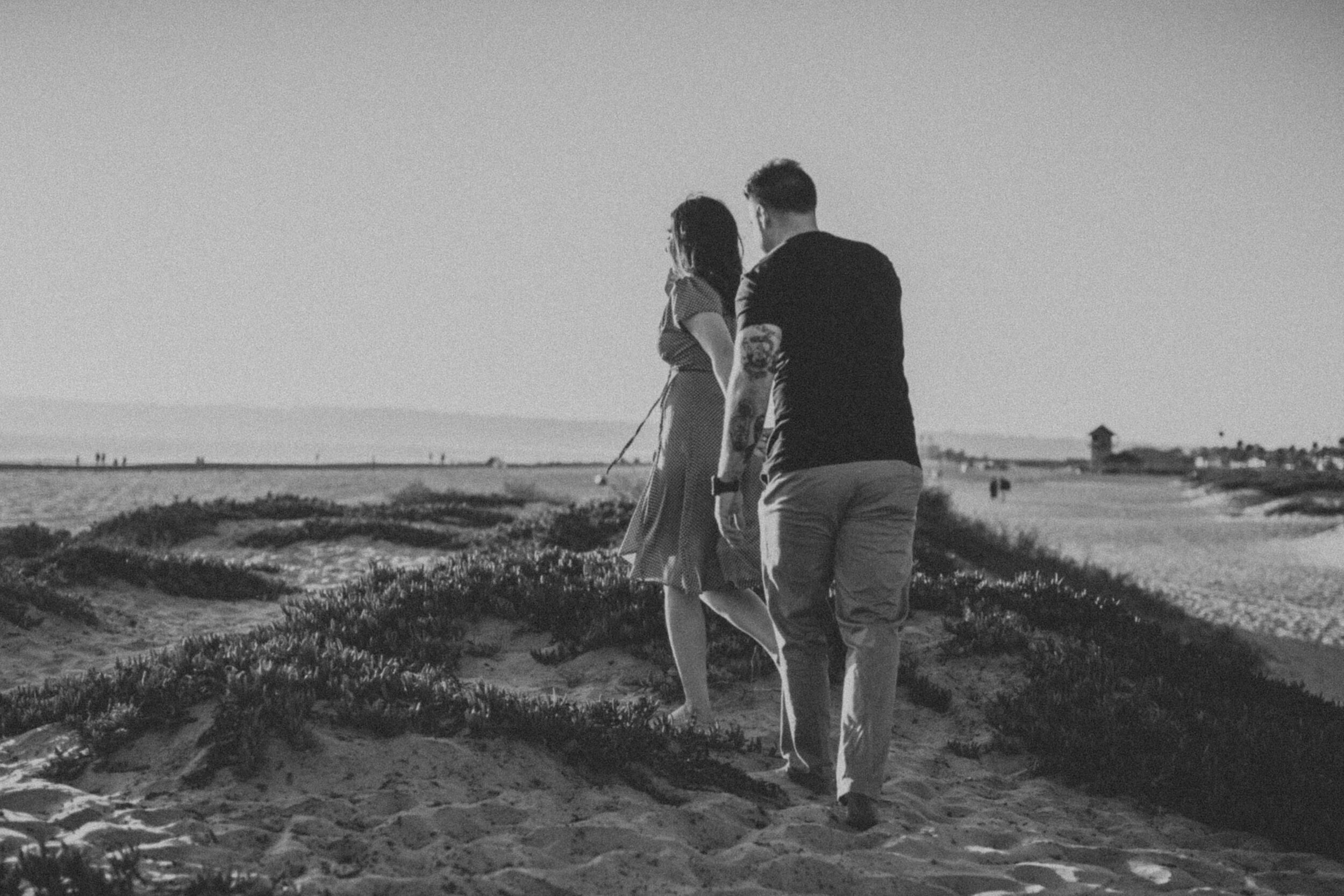 coronado-beach-engagement-session-valerielendvayphoto-054.jpg