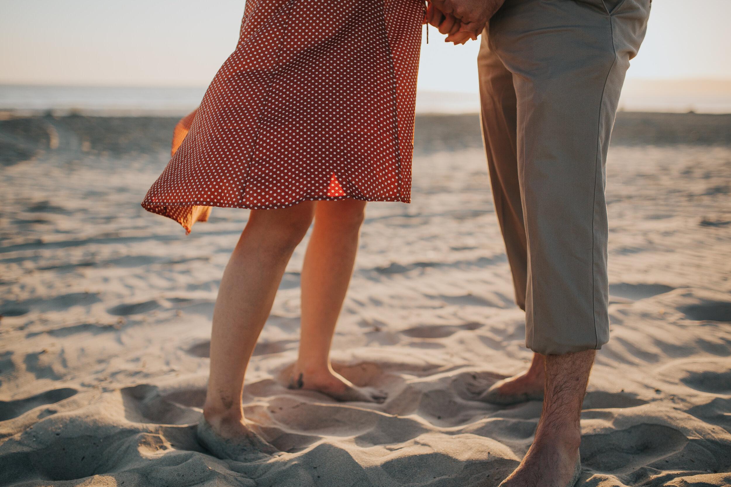 coronado-beach-engagement-session-valerielendvayphoto-074.jpg