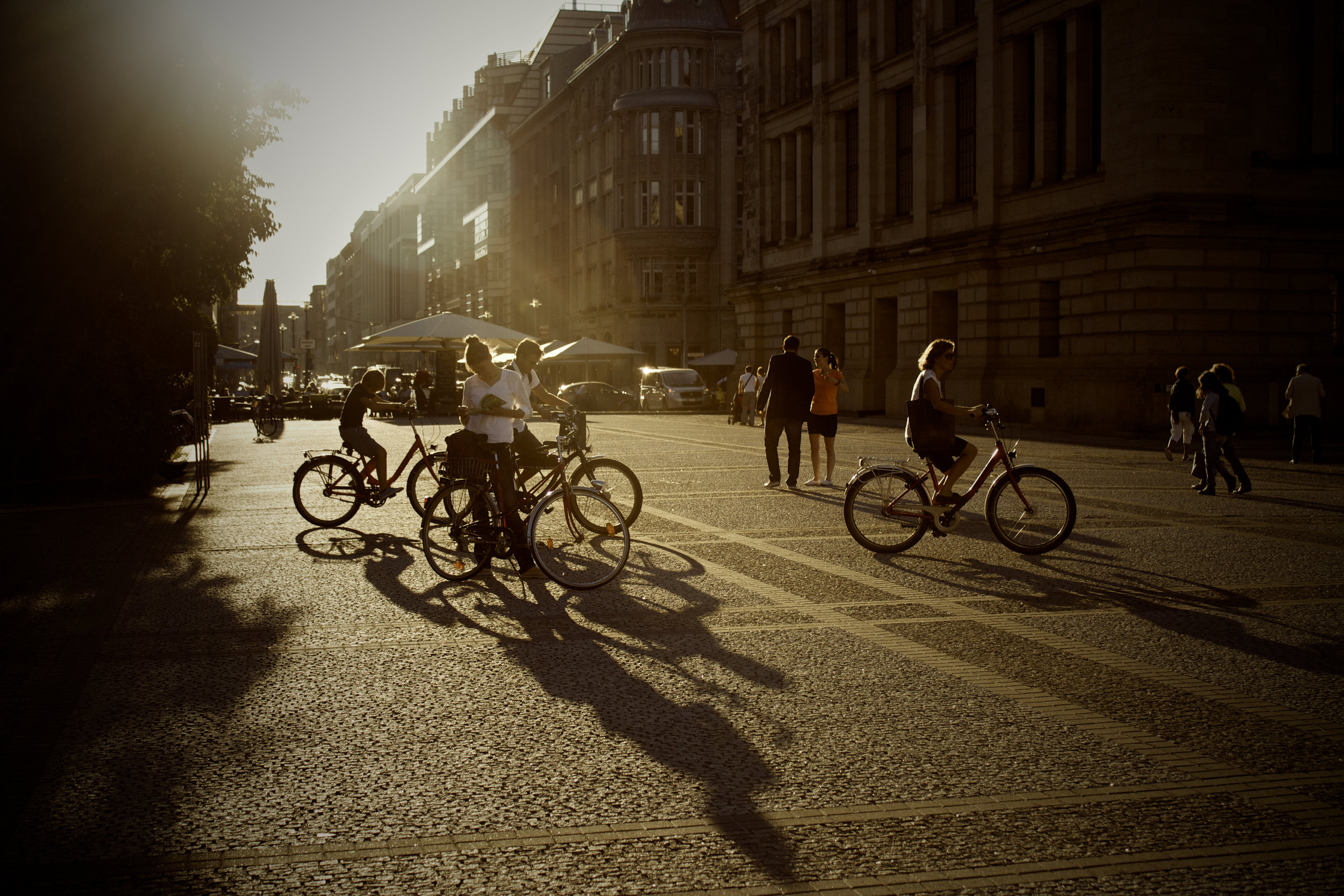 bike-city-sunrays-dope copy.jpg