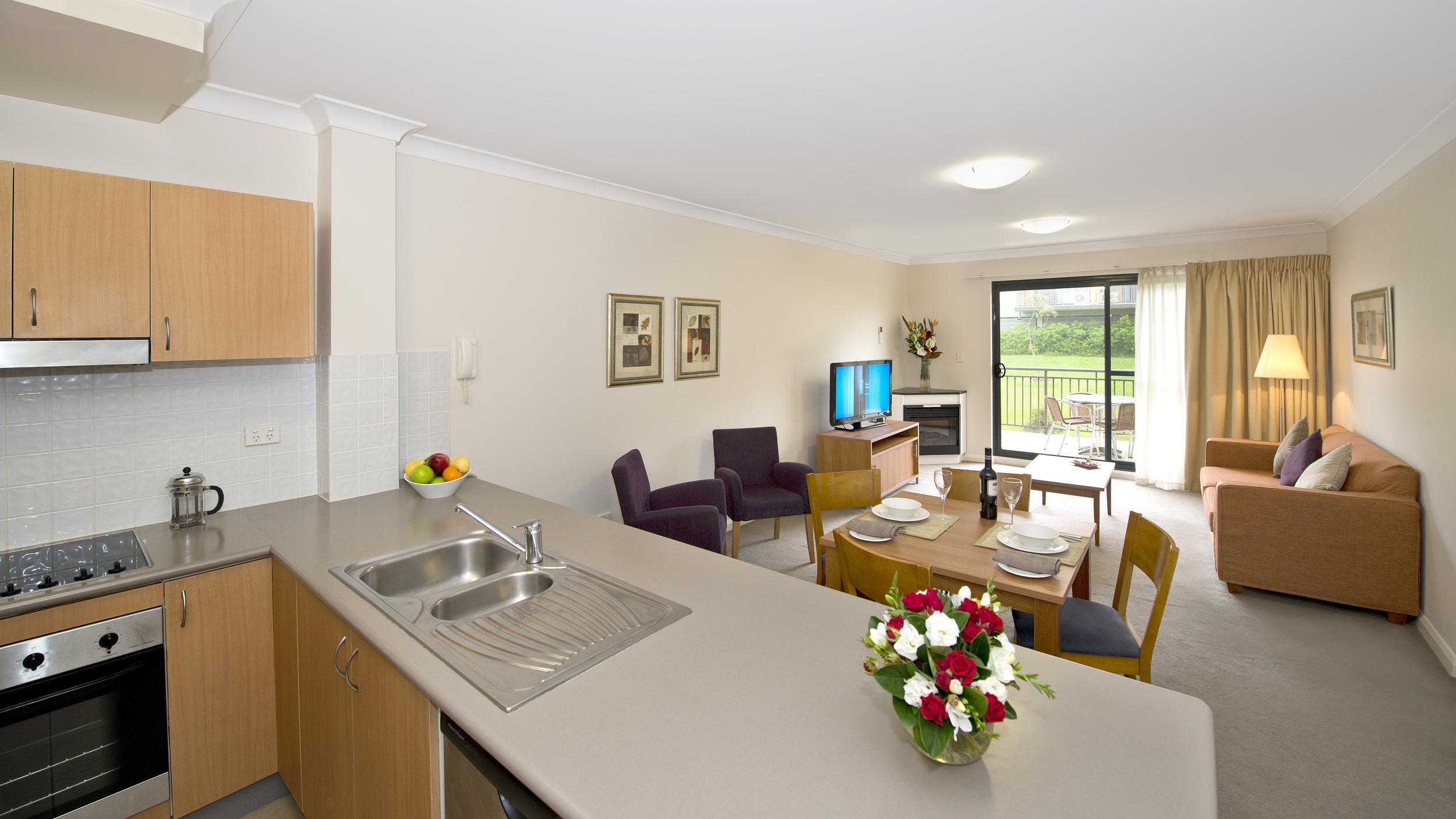 LISP_One_Bedroom_Apartment_Apr_Living_Room_14_3.jpg