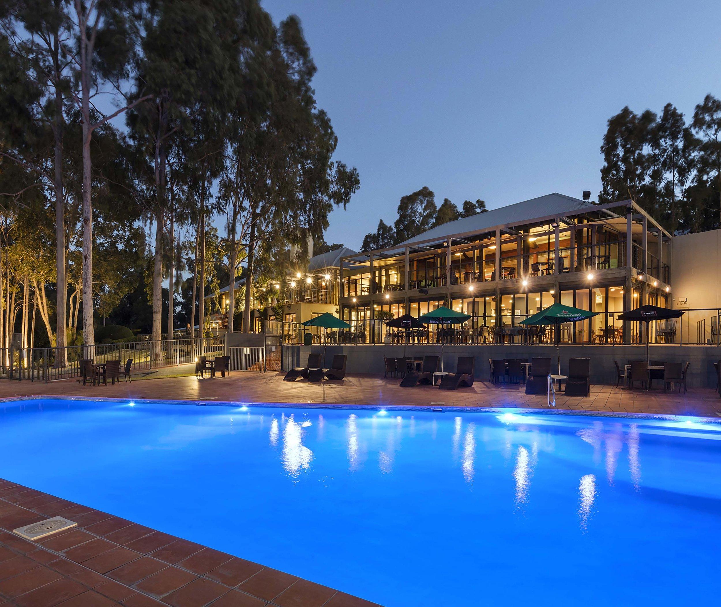 88017663-H1-Oaks_Cypress_Lakes_Resort_Main_Pool.jpg