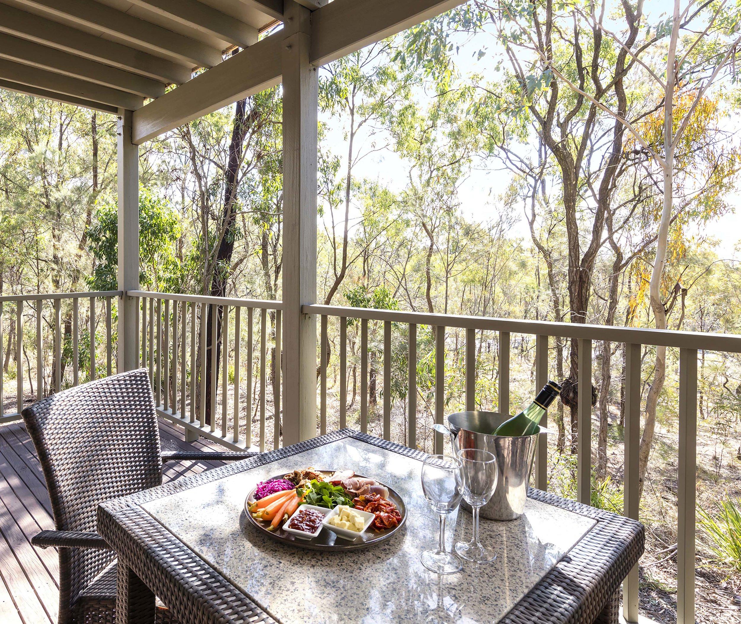 88017575-H1-Oaks_Cypress_Lakes_Resort_1_Bedroom_Premier_Villa.jpg