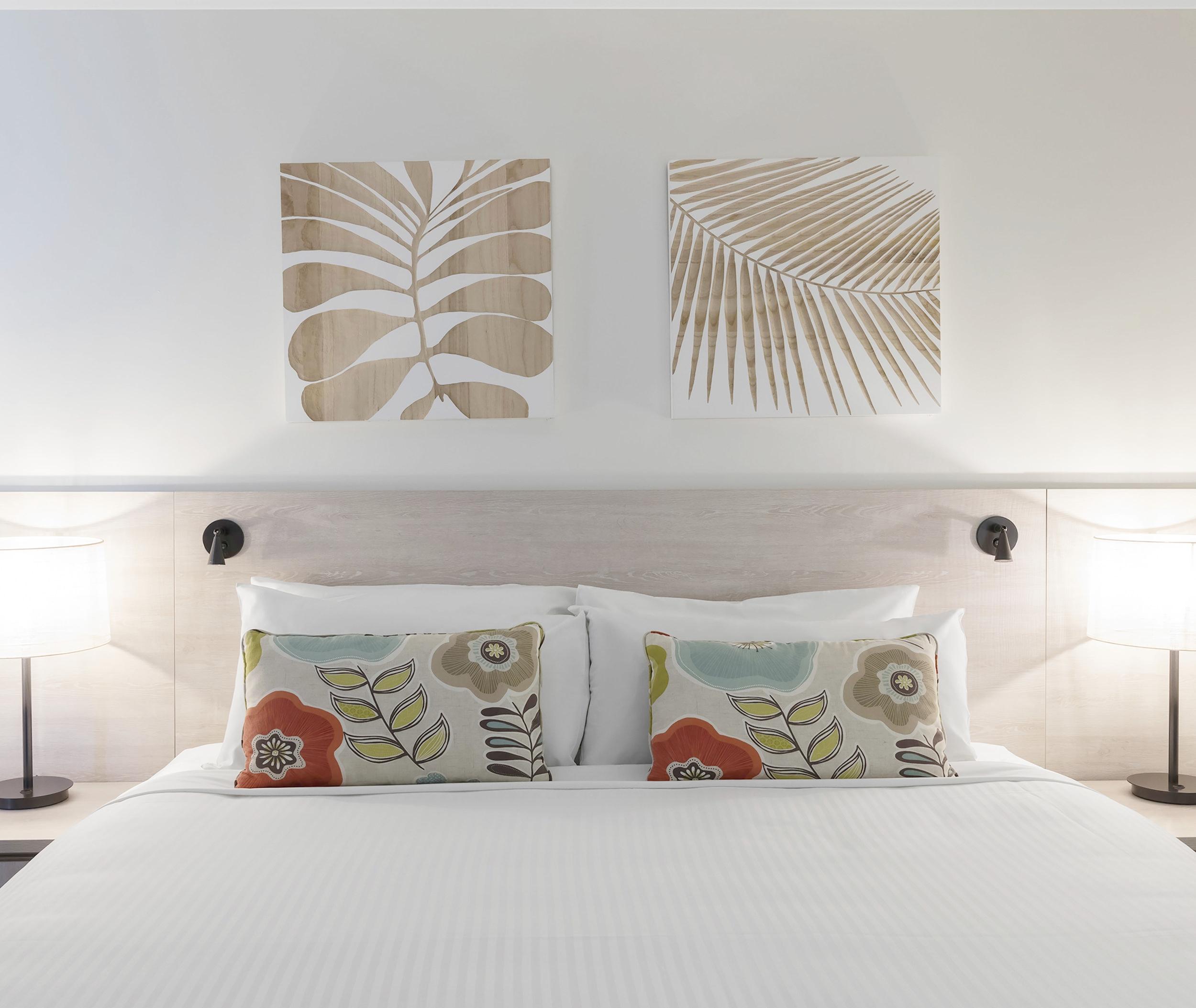 88017367-H1-Oaks_Cypress_Lakes_Resort_2_Bedroom_Premier_Villa.jpg
