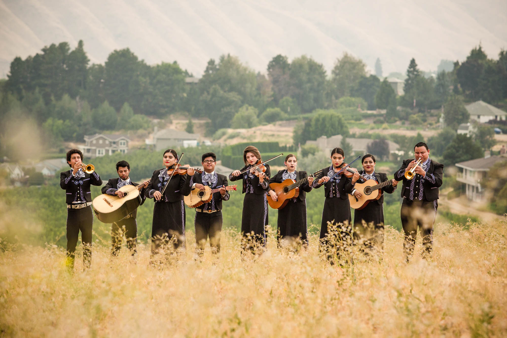 1889 Magazine  | Mariachi Huenachi   I had the pleasure of meeting (and listening to) the very talented Mariachi Huenachi high school band in November of 2017. I photographed them performing for a story in 1889 Washington's Magazine. They perform all over the country and are beloved in their home town of Wenatchee, WA.