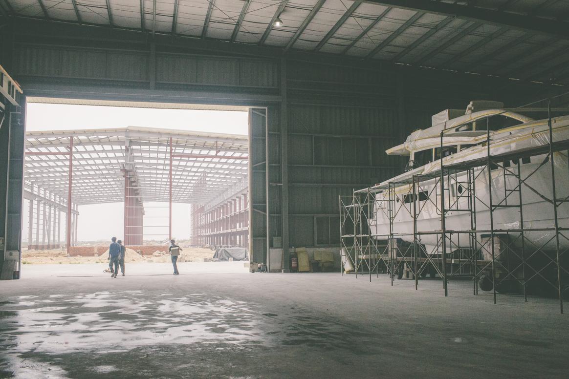hudson-yacht-marine-world-class-yacht-building-facility.jpg