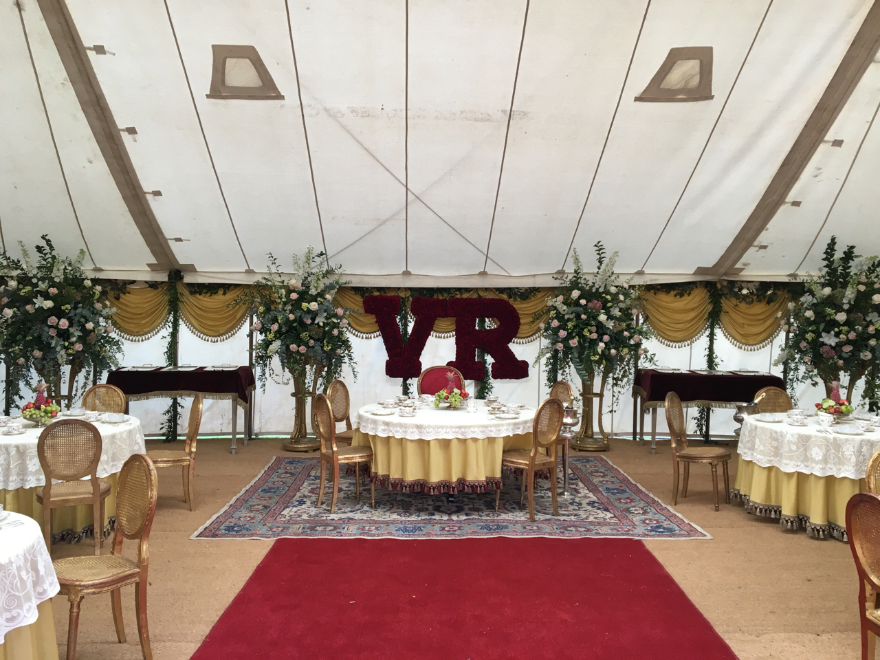 V&A_Queens Lunch Marquee 02_Adam Squires_2016.jpg