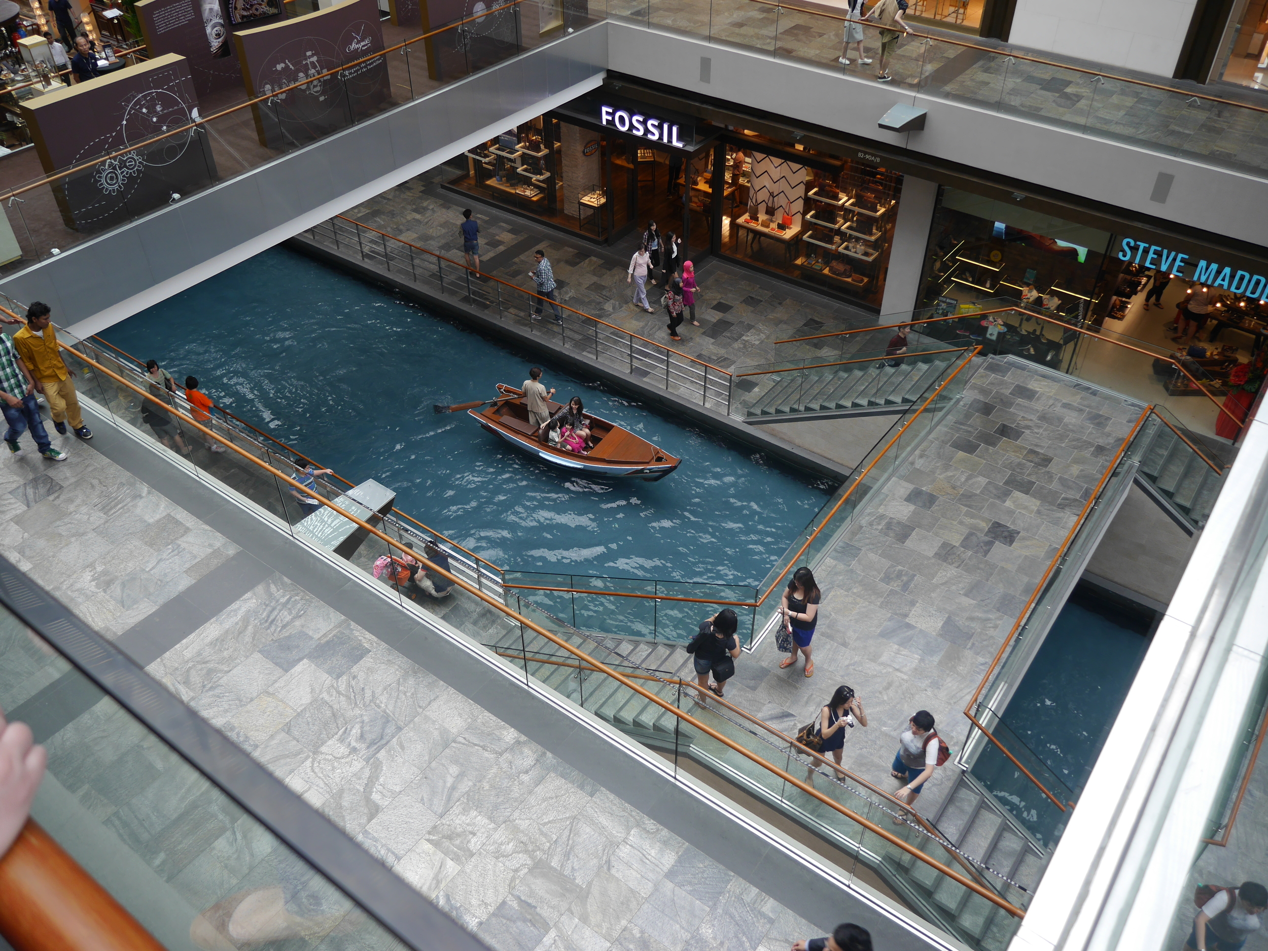 Does your local mall have gondolas?