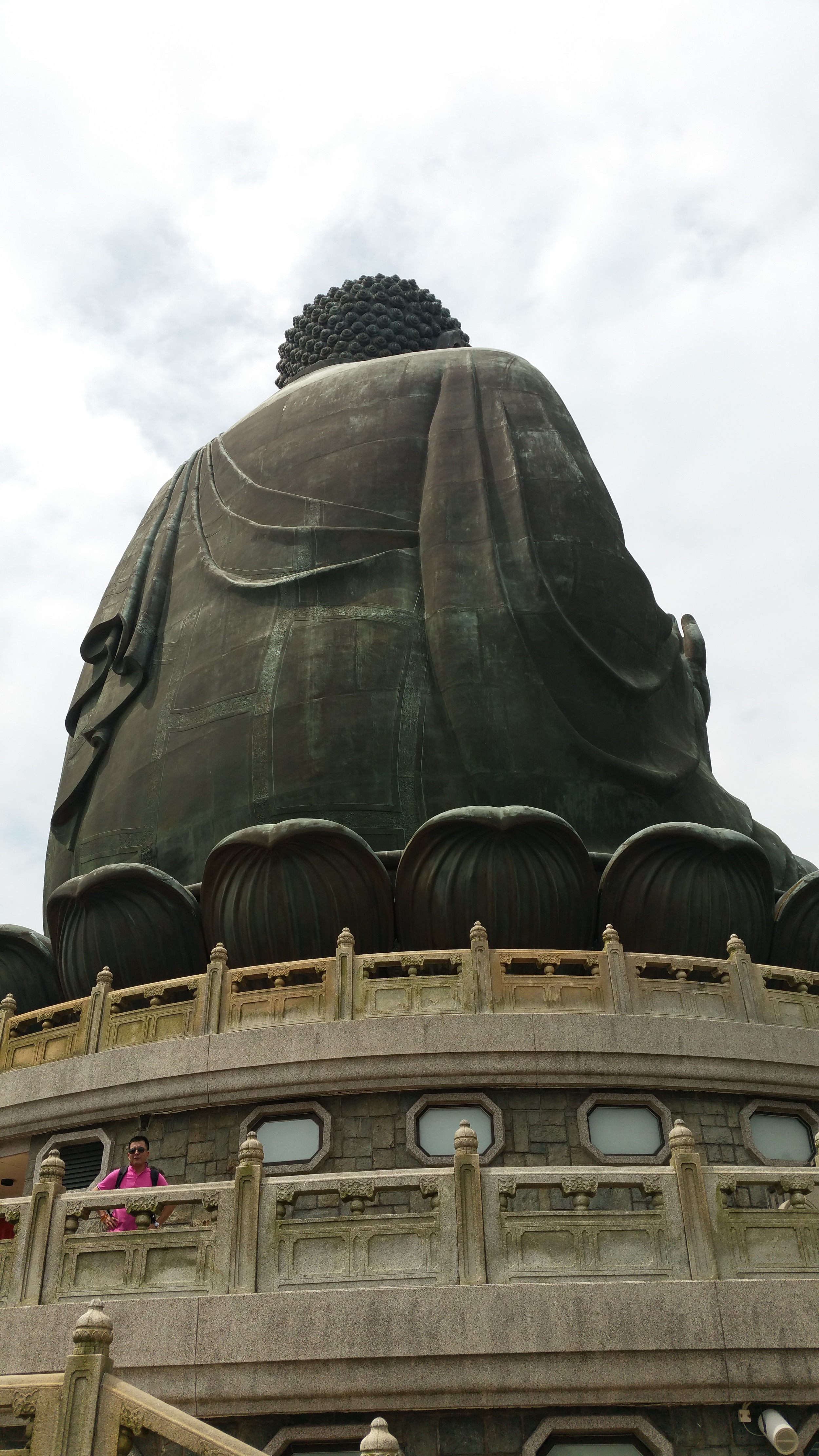 The lighting was, unfortunately, much better on Buddha's back than on his front.
