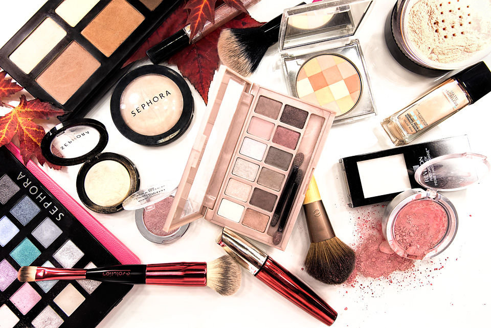 Tora Photography - Product Photography Montreal - Makeup Products Layout