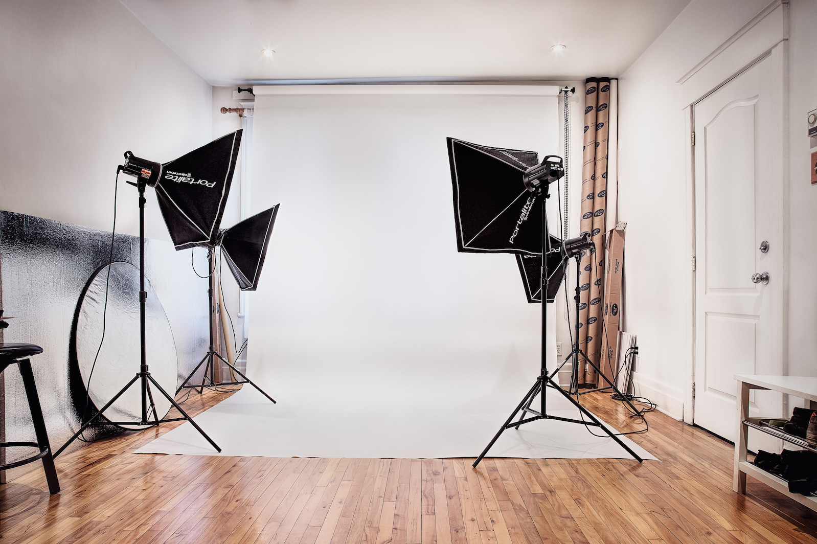 Tora Photography - Montreal Photography Studio