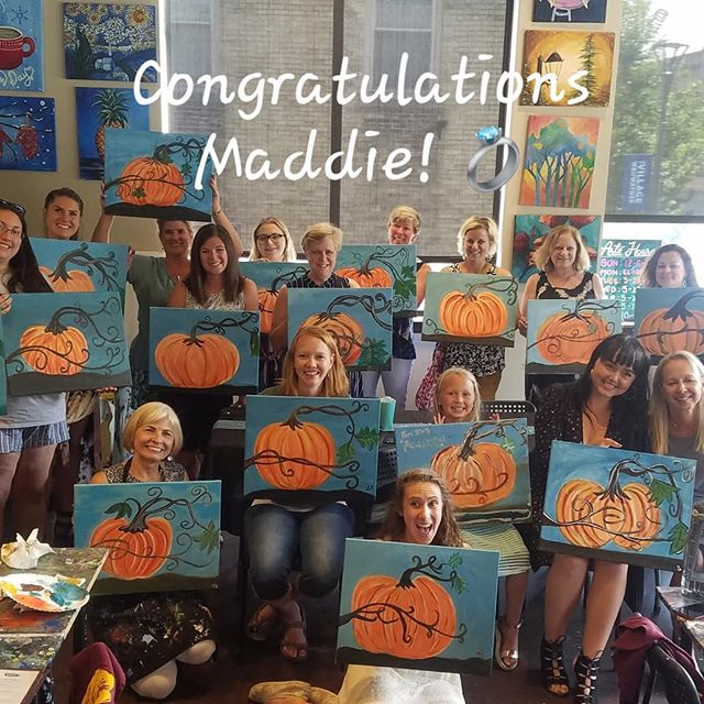 Congratulations Maddie!! 💍Thanks so much for celebrating your special occasion with us! We hope you have an amazing wedding! 💕 #wedding #bridalshower #love #hitched #arte #art #paintbar #wineandpaint #wine #wauwatosa #girlsnight #familyfun #fun #celebrate