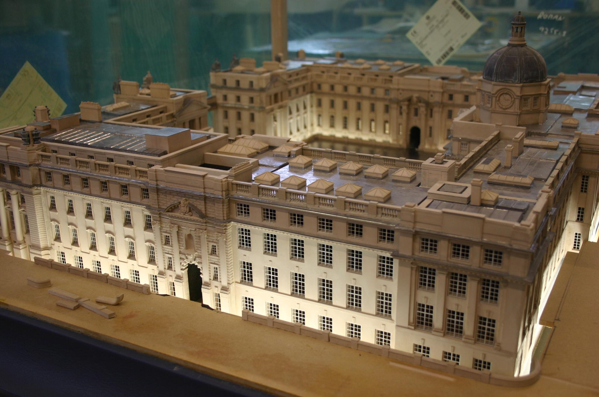 The Irish Government Building.JPG