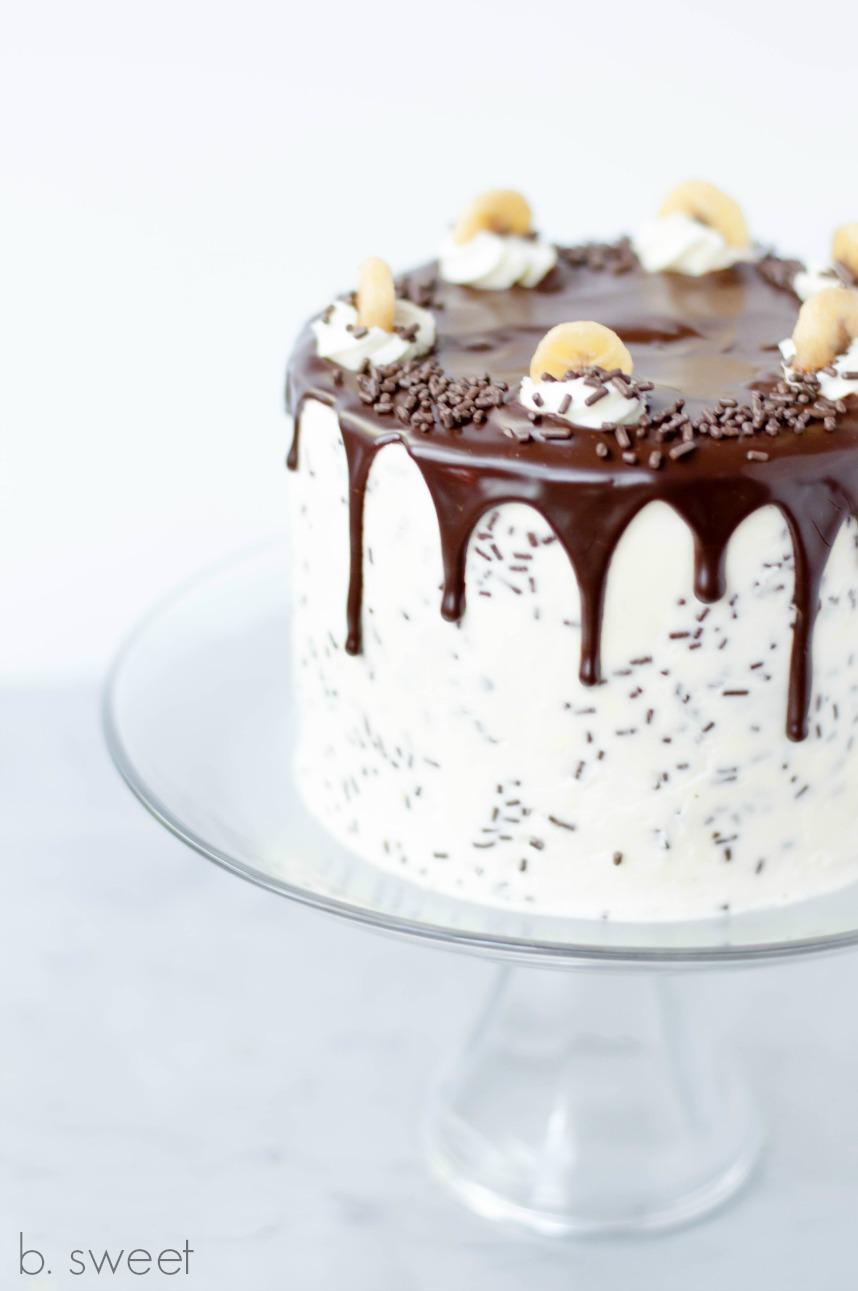 Banoffee Cake with Dark Chocolate Ganache Drizzle