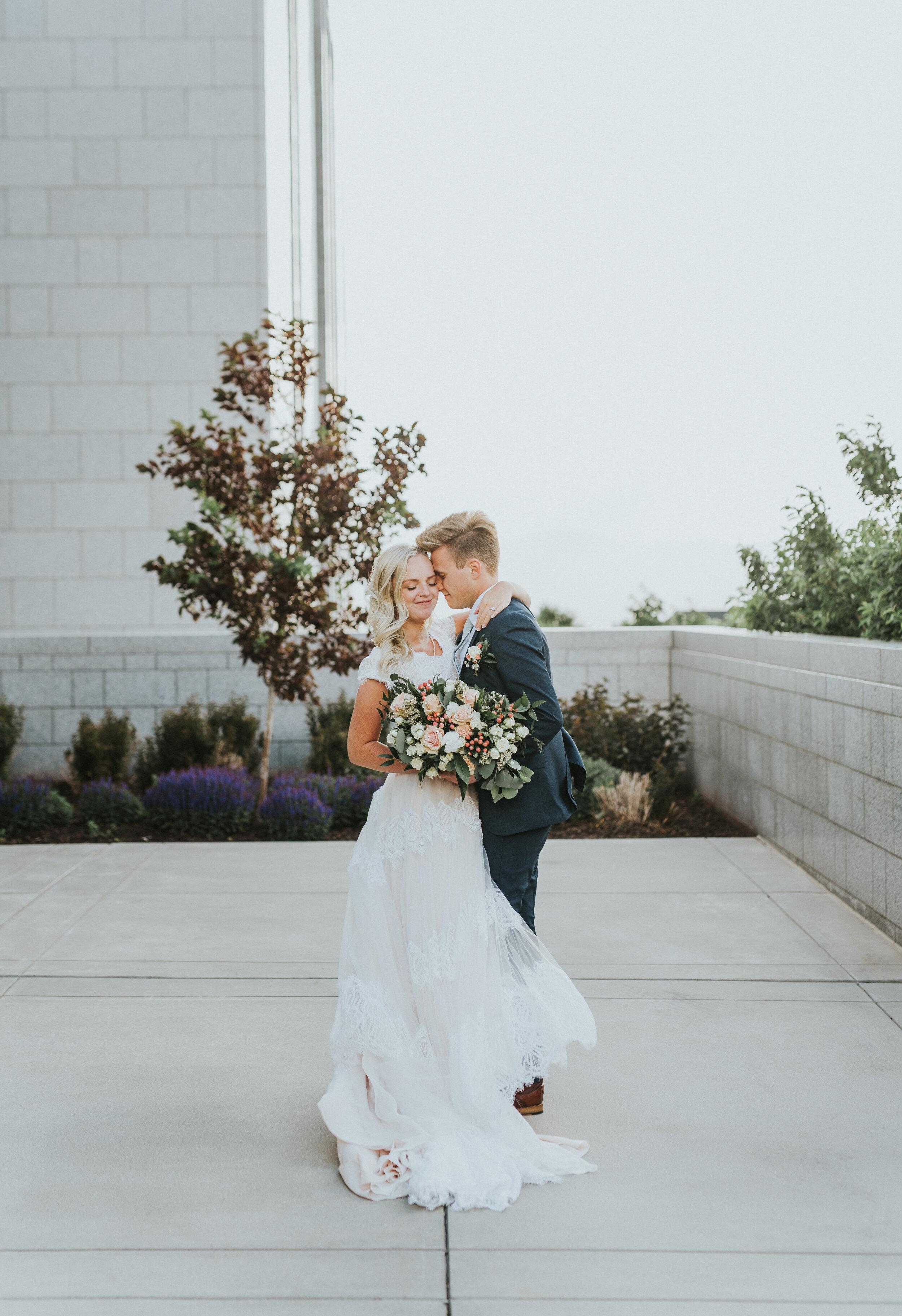 couple_at_draper_temple.JPG