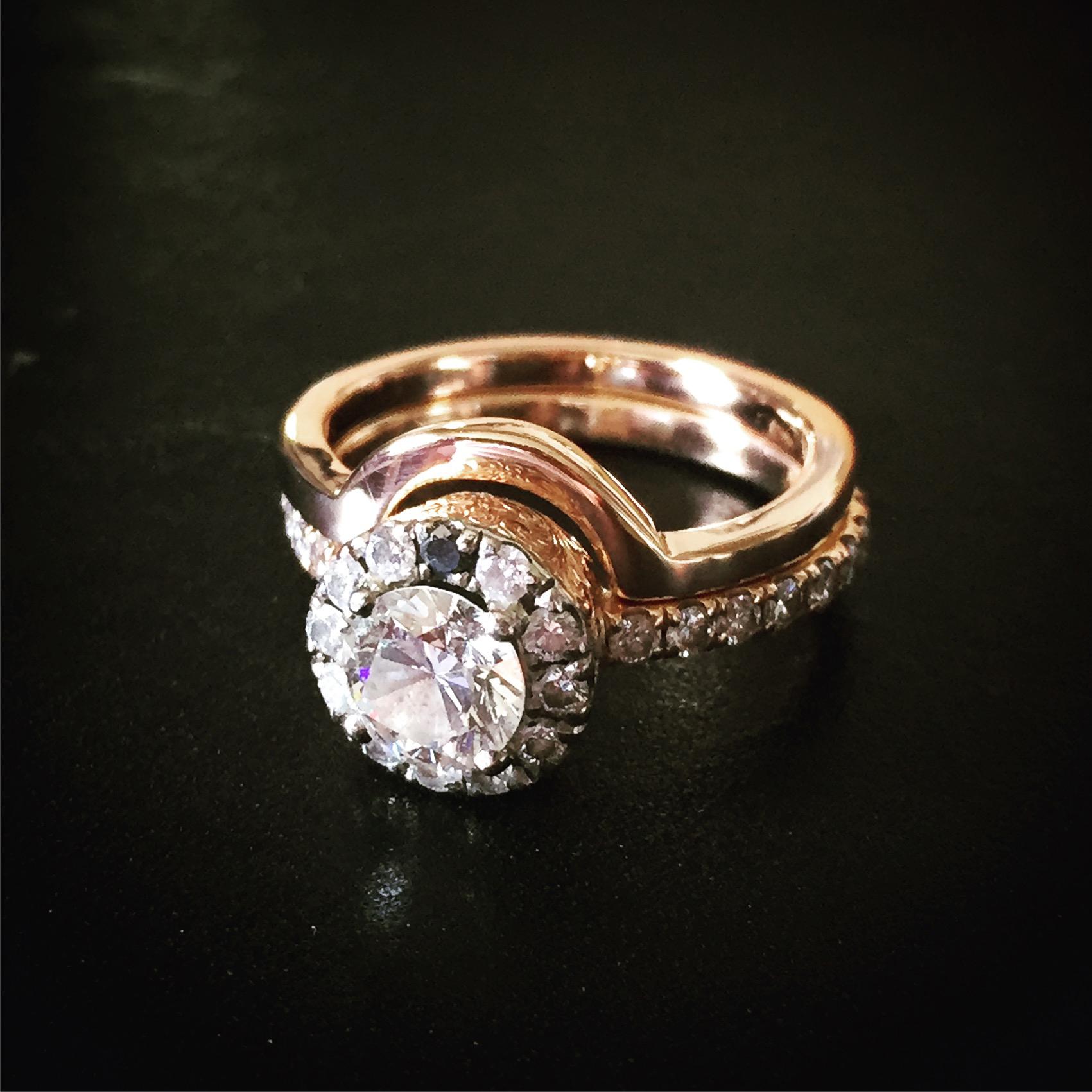 18ct rose gold bespoke wedding band.jpg