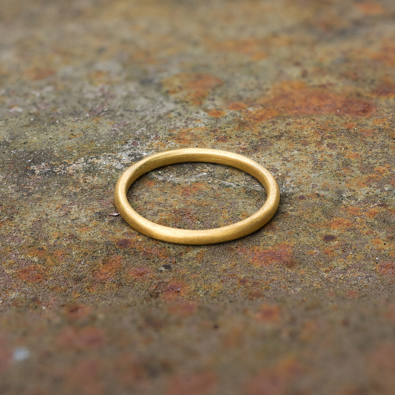 Ring - Small Yellow Gold square 1500px.jpg