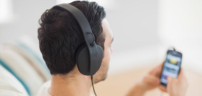 man-listening-to-meditation-tracks.jpg