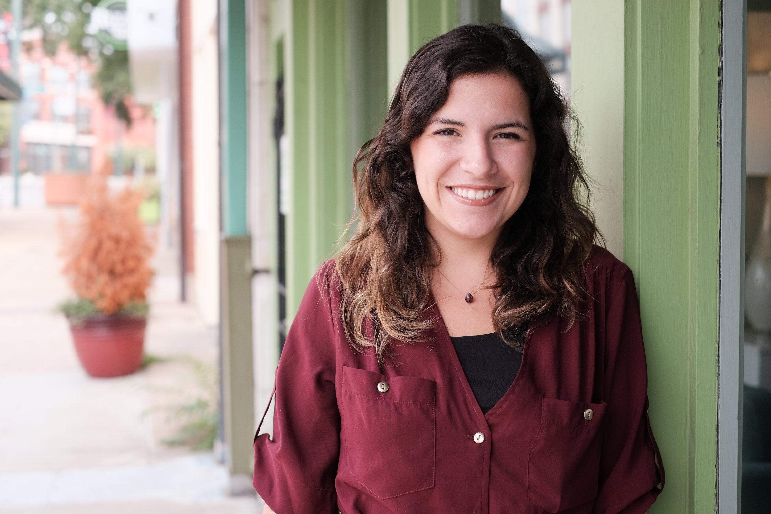 Maria Vescovo - OFFICE MANAGER & BOOKKEPPERMaria might have her head in the books at Hemline, but, as she says, she's never met a stranger and couldn't be more friendly to the folks who come to see us at the office. Born and raised in Memphis, Maria comes from a huge Italian family—say no more. As Hemline's office manager and bookkeeper, Maria keeps tabs on the staff, the supplies and client billings and record-keeping, among many other unsung duties. She came to Hemline from NAI Saig Company, where she was marketing director/office manager, and graduated from the University of Arkansas with a degree in business administration. She certainly offers the best of all worlds in Hemline's book.