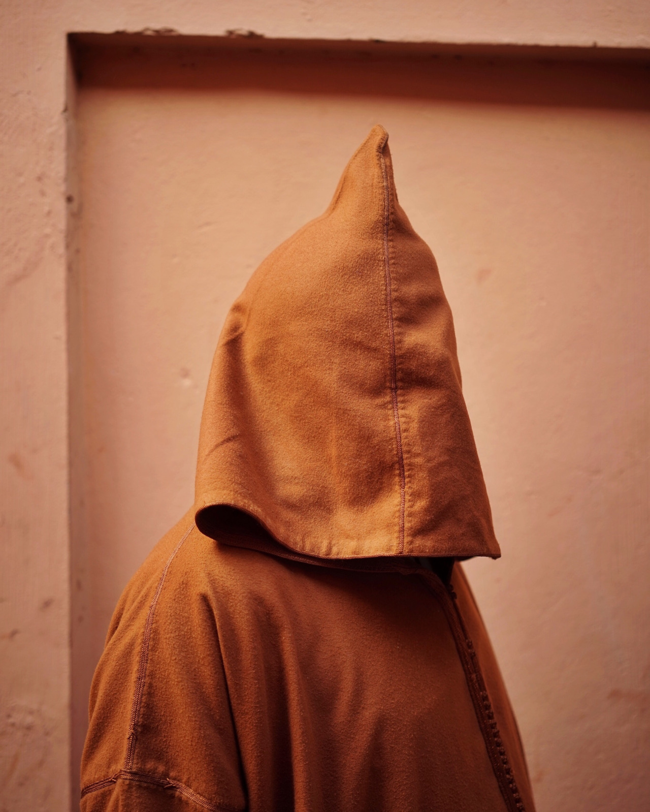 hooded_man