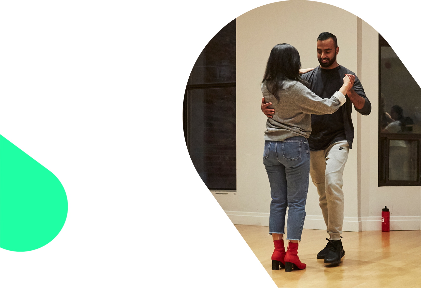Salsa - courses for Absolute beginners.