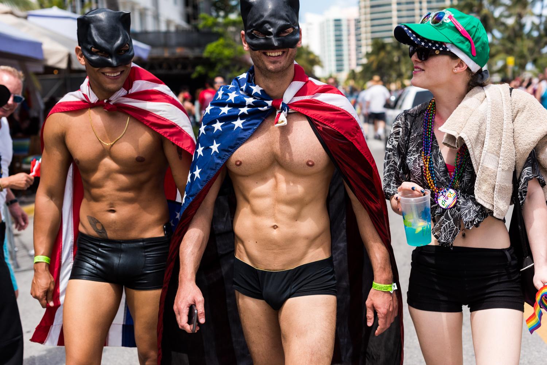 Boys-Gay-Pride-21.jpg
