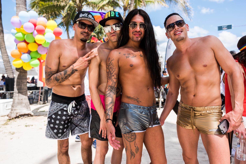 Boys-Gay-Pride-46.jpg