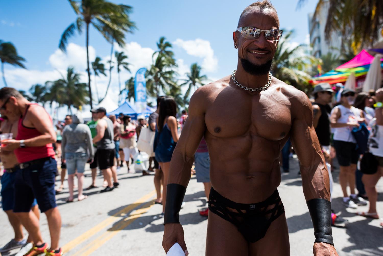 Boys-Gay-Pride-51.jpg