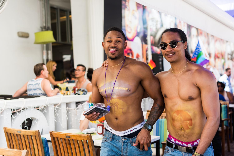 Boys-Gay-Pride-20.jpg