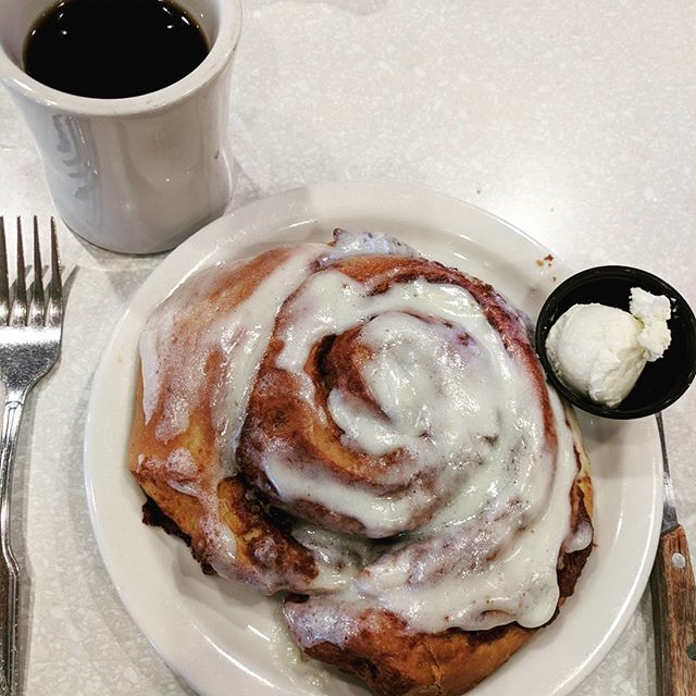 Melt-in-your-mouth, creamy Cinnamon Roll, served warm Add Paramedics & defibrillator $2,350.00 Add Ambulance ride; if necessary $1,200.00 #Farmer_Boy_Diner #Since1958 #BreakfestIsServed #SantaBarbaraRestaurant #SantaBarbara #SantaBarbaraCA #VisitSantaBarbara #SeeSB #VisitSB #Eeeeeats #SantaBarbaraFood 📷 @plastic_atomic