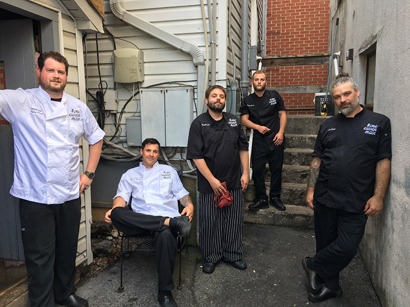 The humble crew - Skilled professionals - discerning foodies