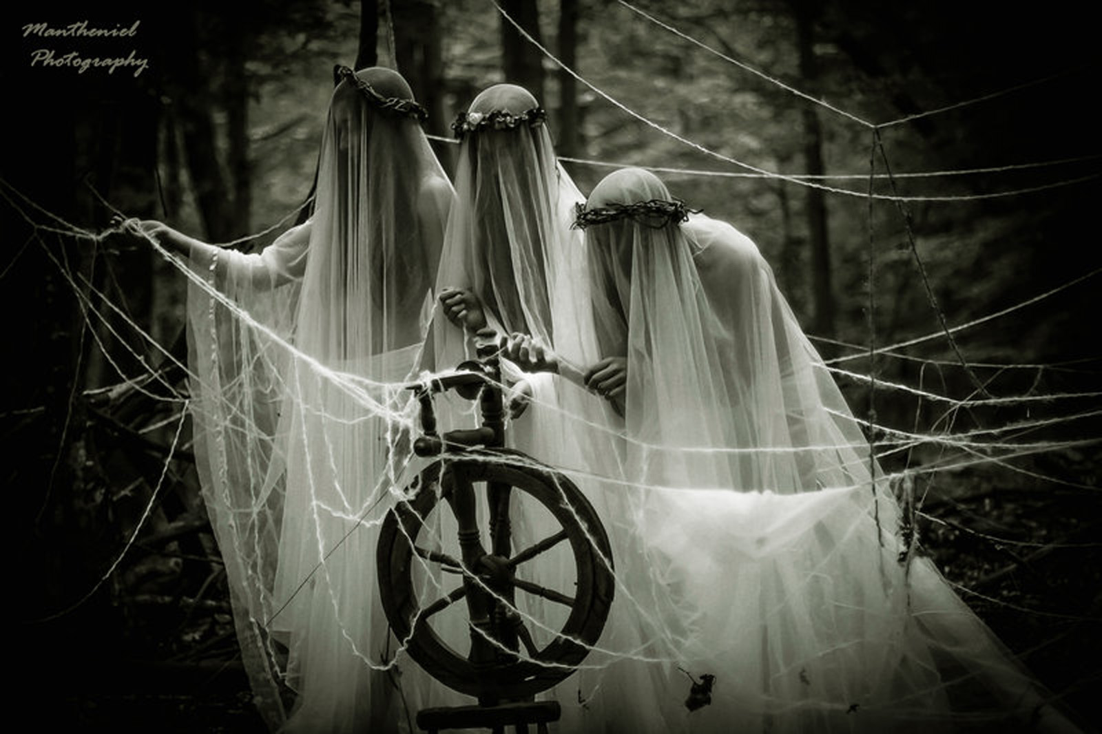 the_three_norns_by_lucreciamortishia-d7xd1wo