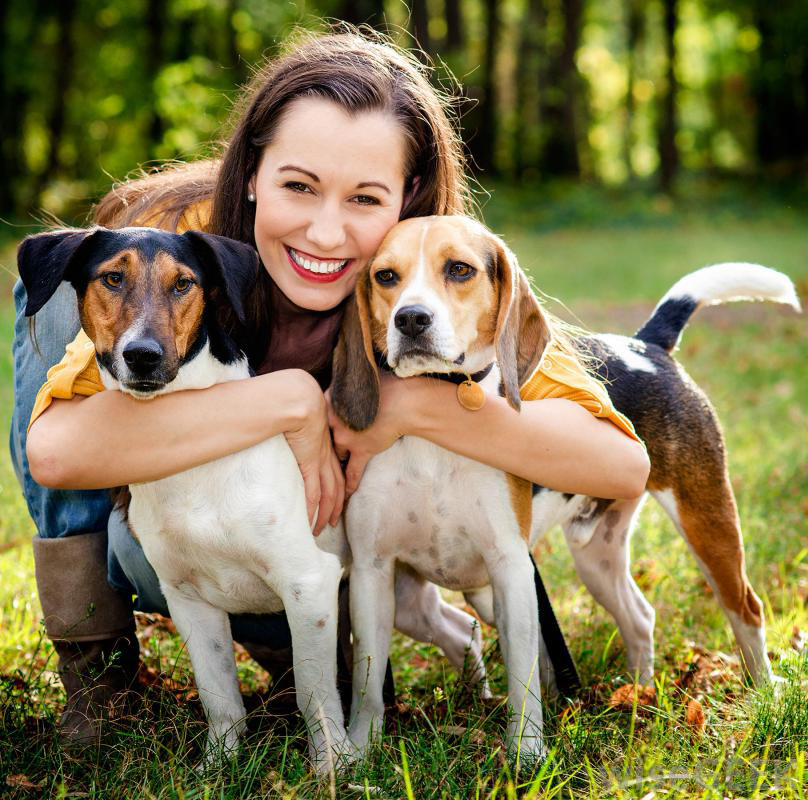 "Episode 45: Human Beings and Pet Ownership<a href=""http://www.strideandsaunter.com/new-blog/2015/6/18/episode-45-pet-ownership"">Listen →</a></p>"