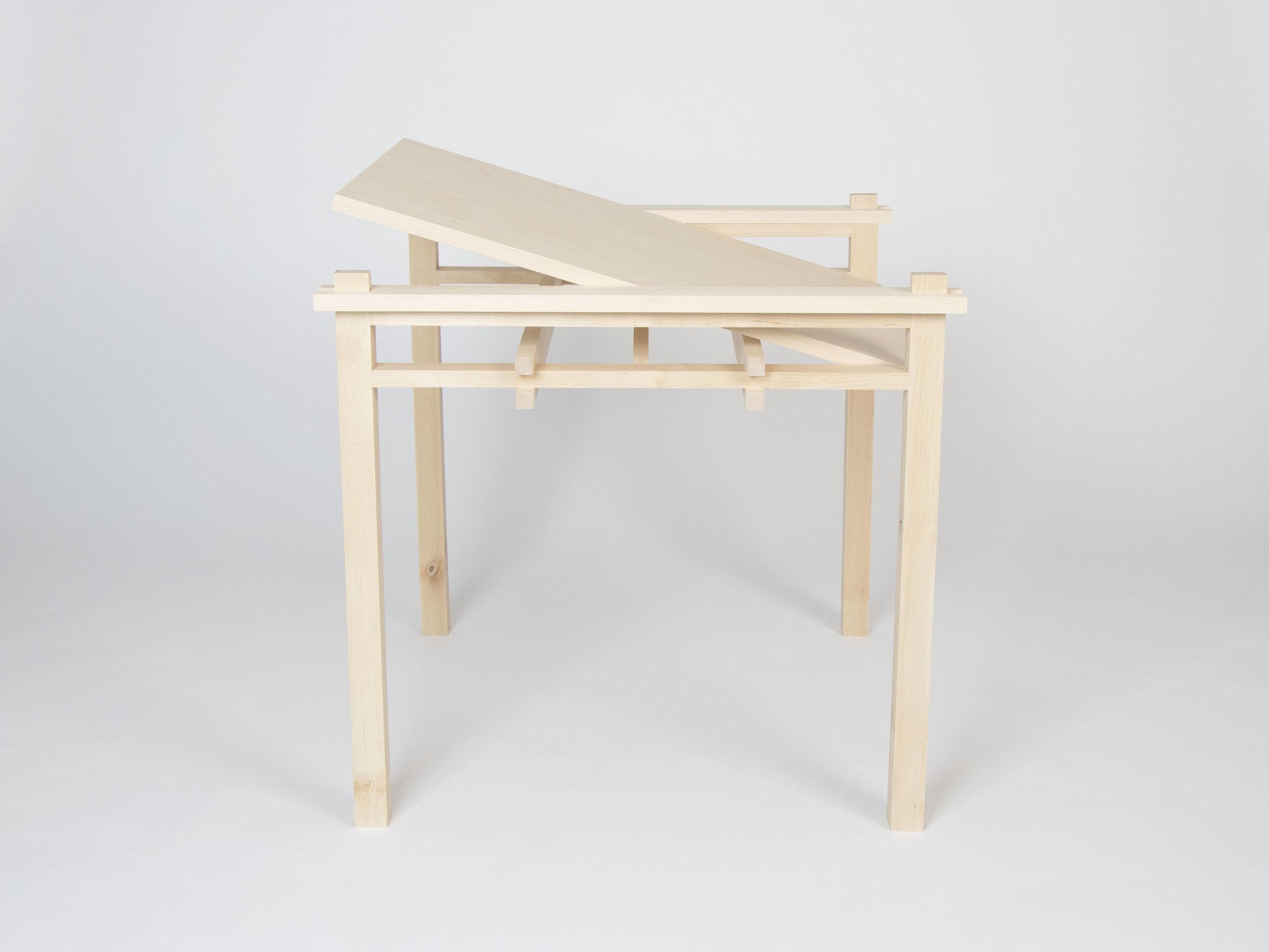 table_tilt1.jpg