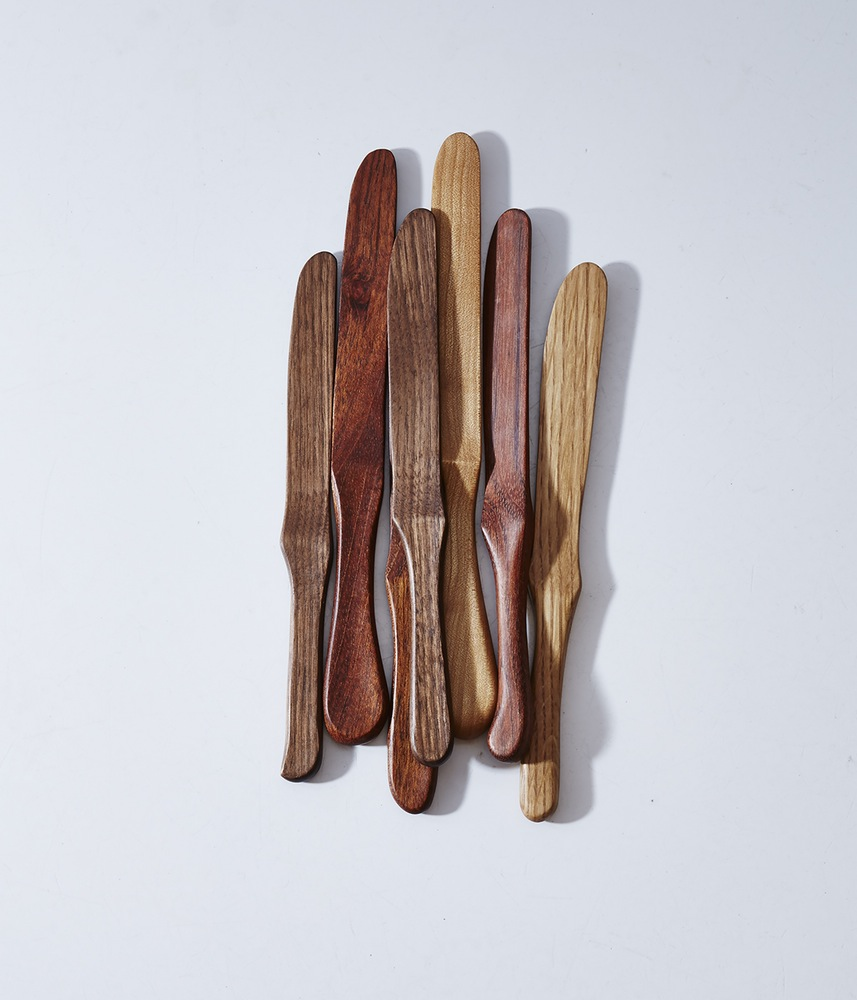 Herriott Grace : wooden butter knife
