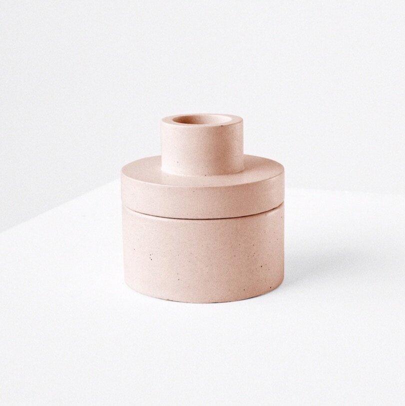 Garnotte Studio : VASE / vase modulable en béton