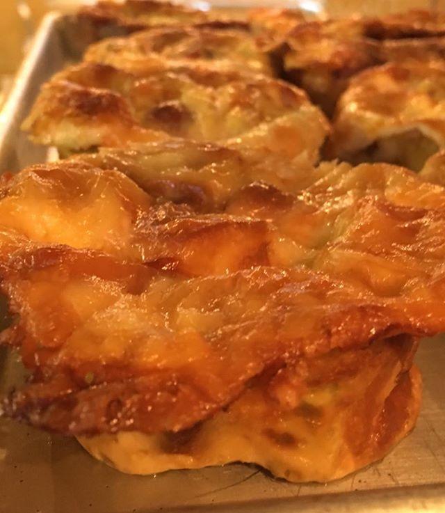 Y'all, there is Havarti Cheese on the Savory Muffins today 🤤🤤🤤 - - #kolachesarekool #everythinggoodrisesintheeast #eatmoretacos #breakfast #bakery #kolaches #eastnashville #nashville #kolache #drewsbrew #meyerssausage #kingarthurflour #sirgalahadartisanflour