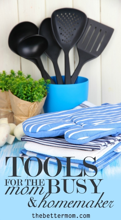 We have a very important and demanding job as a mom and homemaker, and sometimes that can leave us feeling overwhelmed. Here are some amazing tools to help you do mothering, homemaking and living WELL!