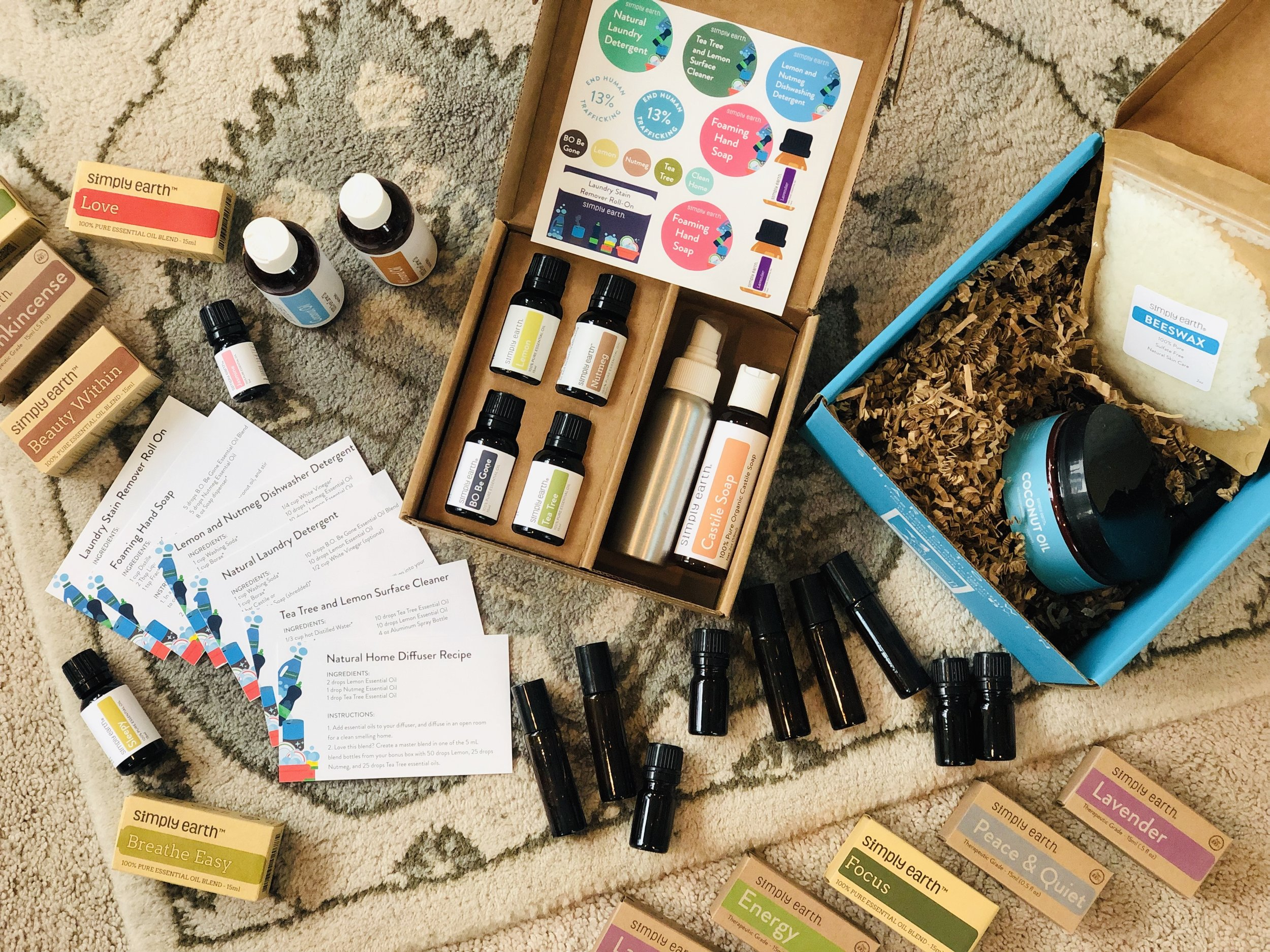 Love the idea of using essential oils but don't know where to start? We are sharing with you an incredible company who shows you how to make (and use!) all those recipes for oils you see Pinterest. So cool!