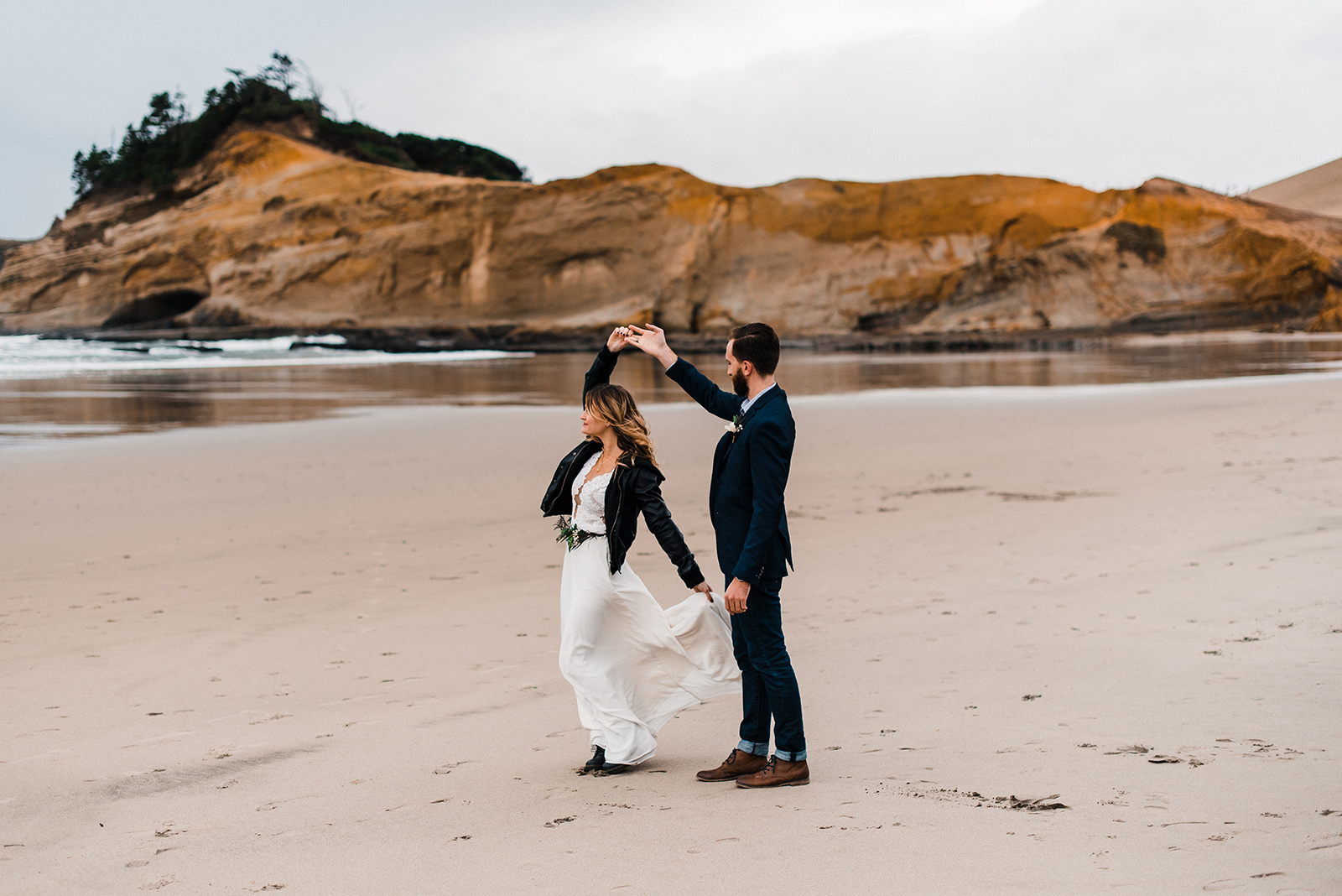 Oregon_Coast_Elopement_Wedding_The_Foxes_Photography_077-2.jpg