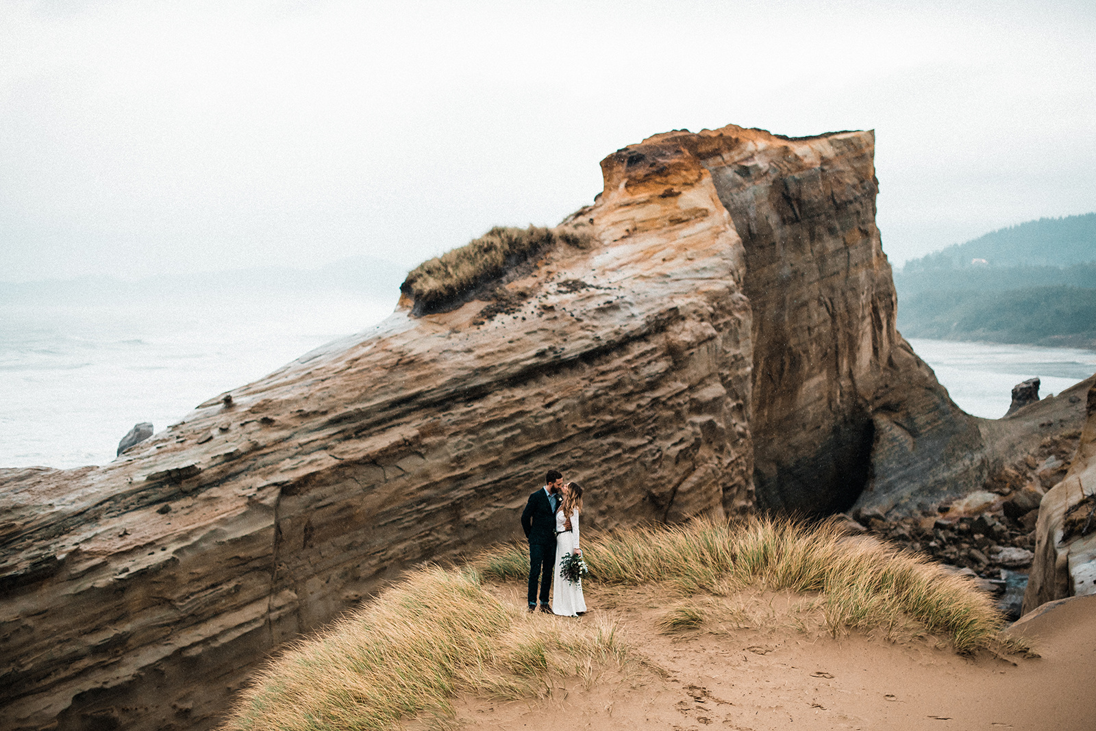 Oregon_Coast_Elopement_Wedding_The_Foxes_Photography_097.jpg