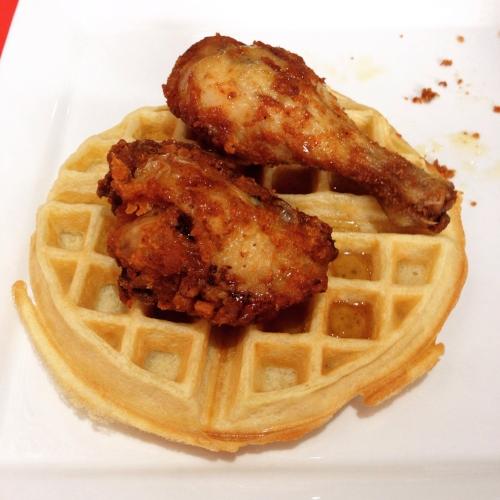 Micos_Chicken_Waffles