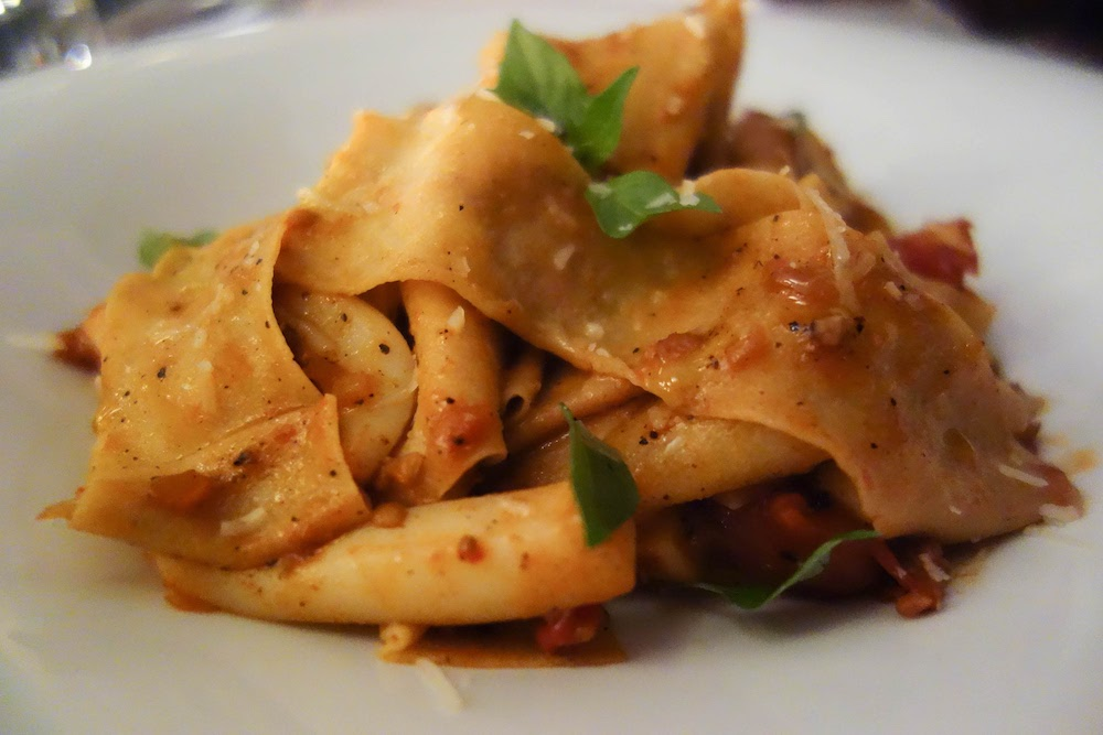 Pappardelle - Notable Holidays: Nee :(Pappardelle — pronounced pa-par-DAY-lay — is a flat, long ribbon-shaped pasta which is pretty similar to fettuccine. This variety, however, is both wider and thicker than fettuccine. The term 'pappardelle' comes from the word 'pappare' which means 'to gobble up' and that's exactly what having a pappardelle dish feels like.Pappardelle pairs excellently with sauces including meat/ragu, meatloaf or eggplant.