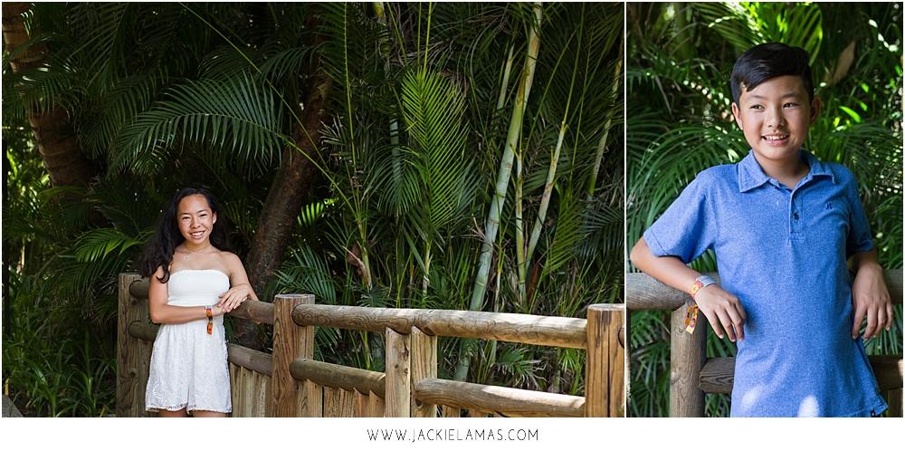 beach-family-portraits-sayulita-mexico.jpg